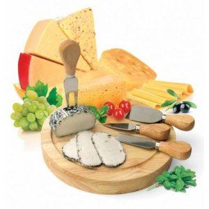 Набор для резки сыра из 4-х приборов и деревянной доски BRADEX Рокфор TK0090
